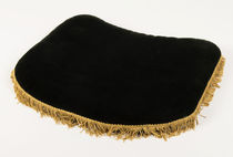 Plush Black Velvet Close Up Pad