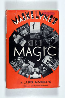 Maskeyline's Book of Magic